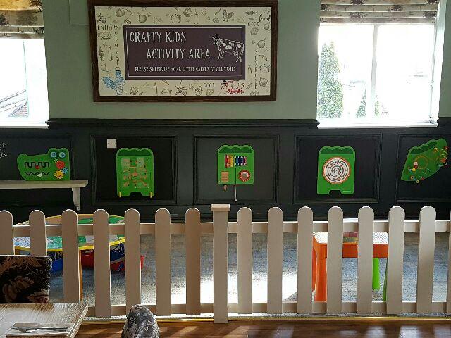 Crafty Cow Kids Activity Area - child friendly restaurants in Bristol