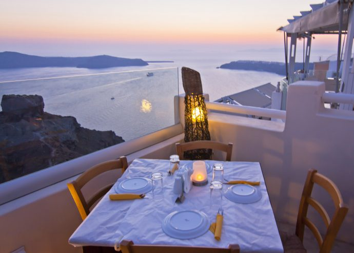 Mezzo - family friendly restaurants santorini