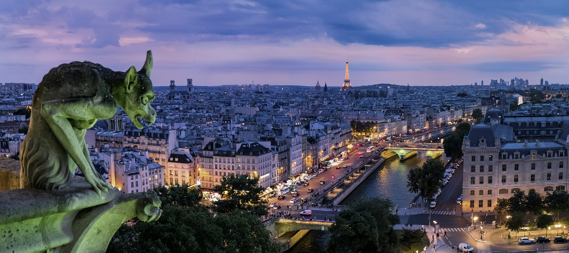 Family Friendly Hotels & Apartments in Paris