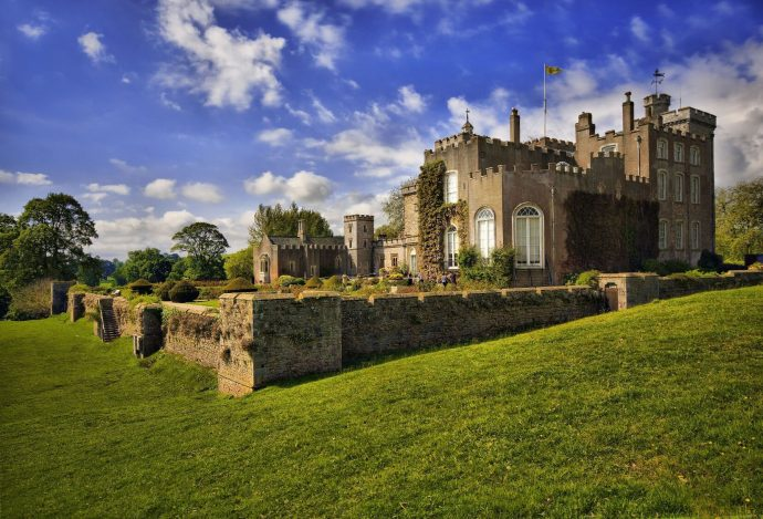 Powderham Castle - activities in exeter