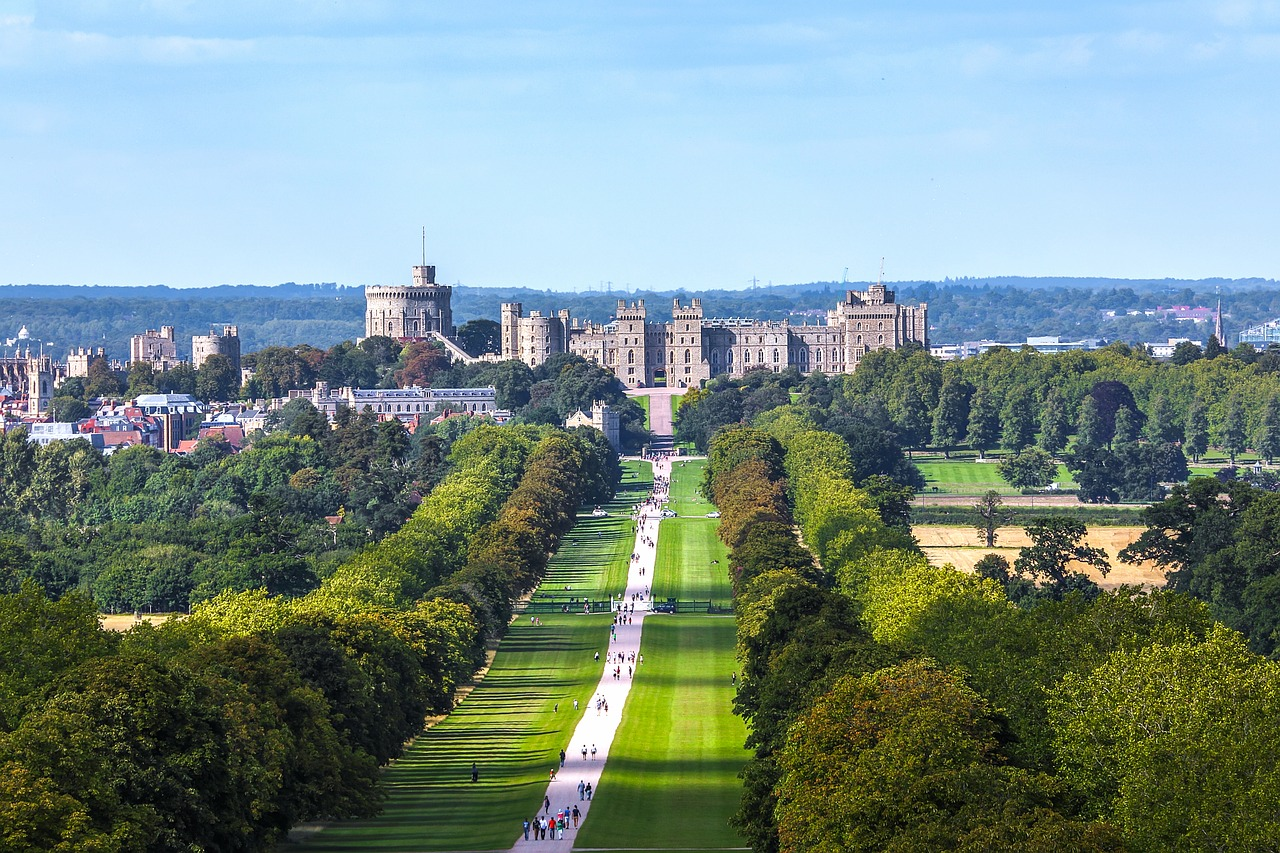 Family Friendly Hotels & Apartments in Windsor