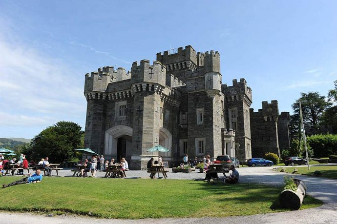 Wray Castle - lake district for kids