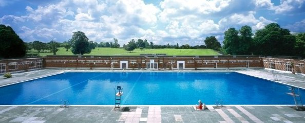 Brockwell Lido Outdoor Pools in London