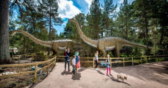 Dinosaur kingdom Scotland - Dinosaurs Parks