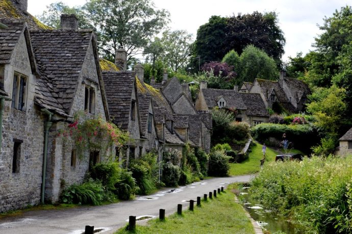 bibury village, cotswolds