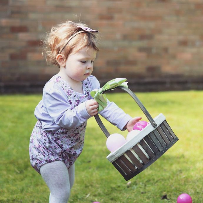 easter eggs hunt at home